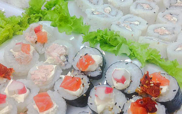 Naru Sushi: Combinado com até 30 peças de Sushi!